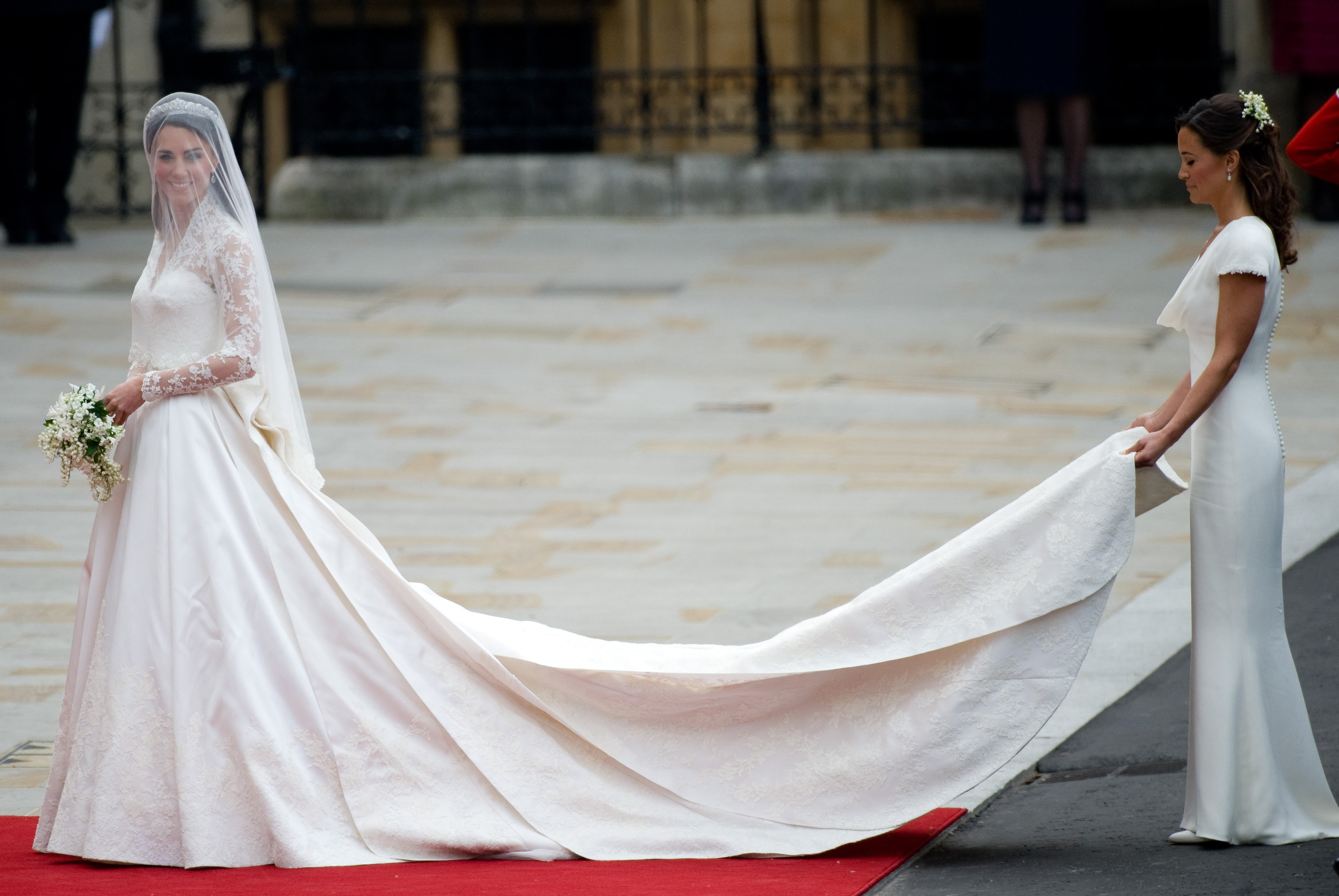 kate-middleton-pippa-middleton-wedding | Showpo Edit